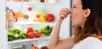 Как избавится от неприятного запаха в холодильнике