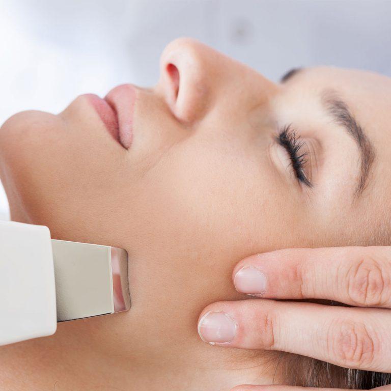 Лучшие аппараты для ультразвуковой чистки лица